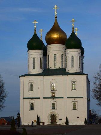 Cathedral of the Assumption: Успенский кафедральный собор. Вечер. Вид с запада