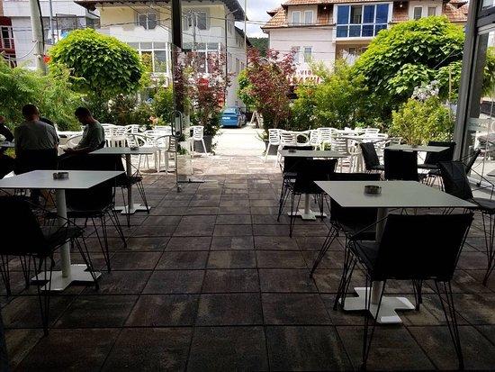Prima Bakery & Coffee Shop