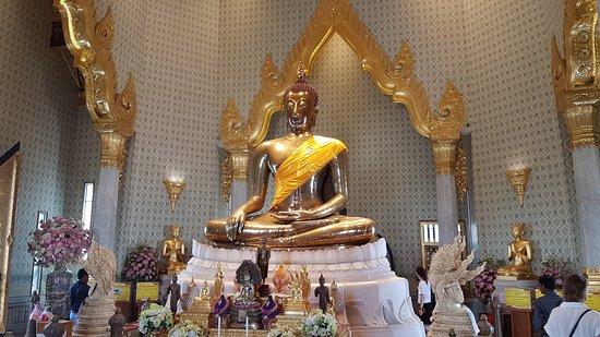 Temple of the Golden Buddha (Wat Traimit): foto 1
