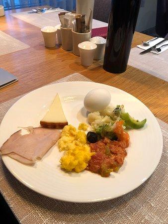 FER Hotel: Breakfast