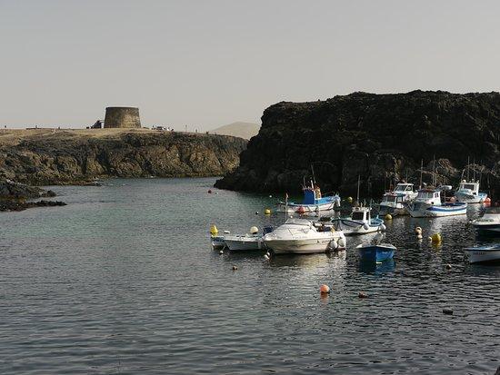 Le port et la tour
