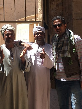 Luxor, Egypten: With the people
