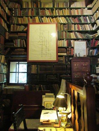 Els Calderers: bibliothèque