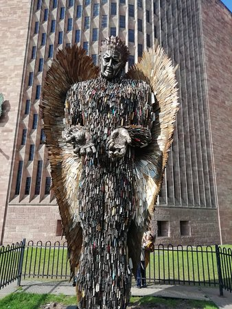 ‪Knife Angel‬