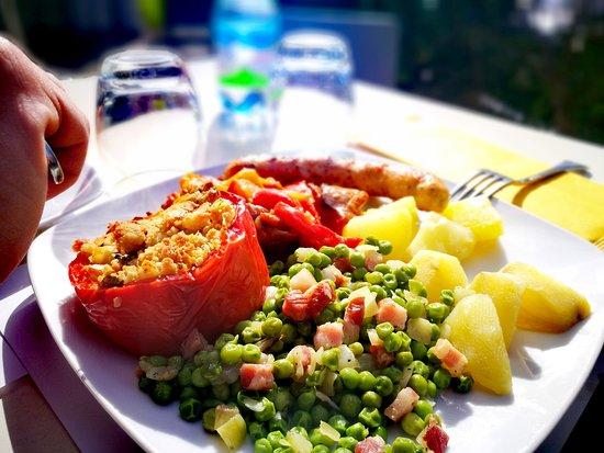 Pellerito Cucina & Café: .UN PRANZO AL SOLE