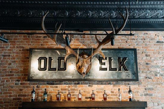 Fort Collins, Kolorado: Pre Historic Elk Antlers