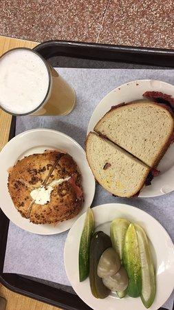 Onion Bagel 🥯 lox cheese cream