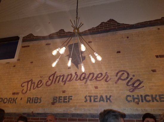 Great local bbq with some unique twist, add in a good bar and it's a good stop if you find yourself in Fort Mill.
