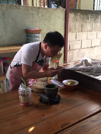 Welcome our Cooking class in Chiangmai guys .