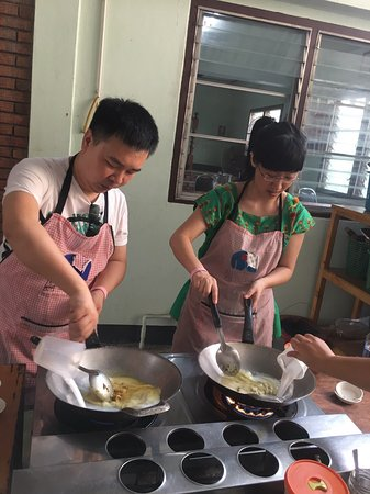 Smart Cook Thai Cookery School: Welcome our Cooking class in Chiangmai guys .