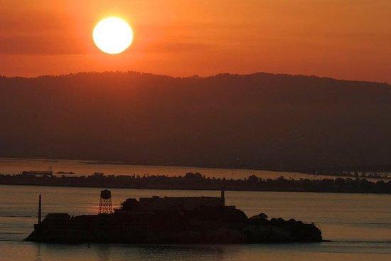 2日間のアルカトラズ島イブニングツアーと水族館入場料付きヨセミテツアー