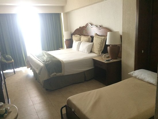 GR Solaris Cancun: Double room with wall bed