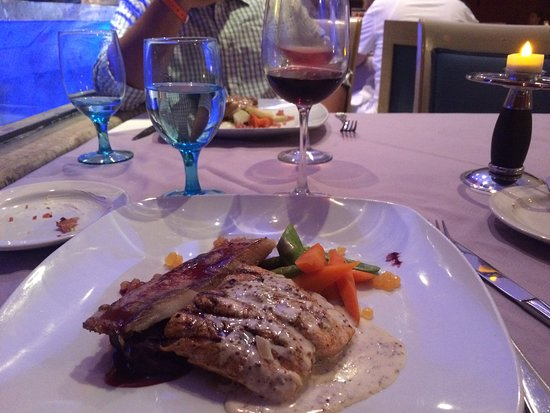 GR Solaris Cancun: French dinner
