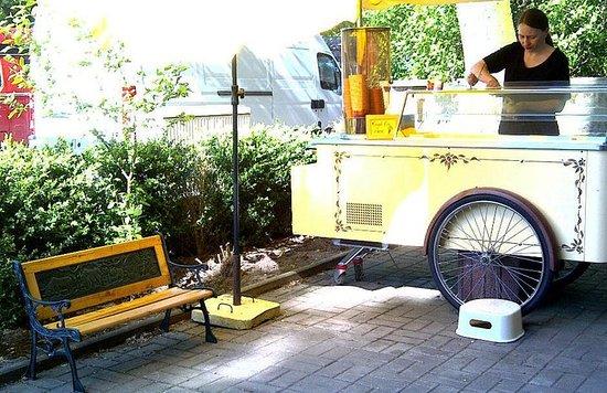 unser schöner Eiswagen