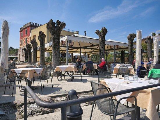 Il Forte dei Cappuccini: veranda del ristorante