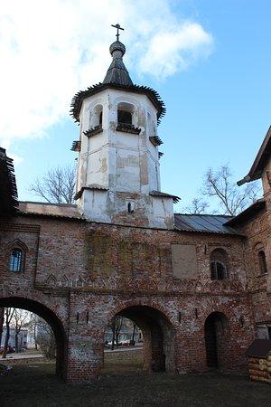 Церковь Михаила Архангела и Благовещения на Торгу