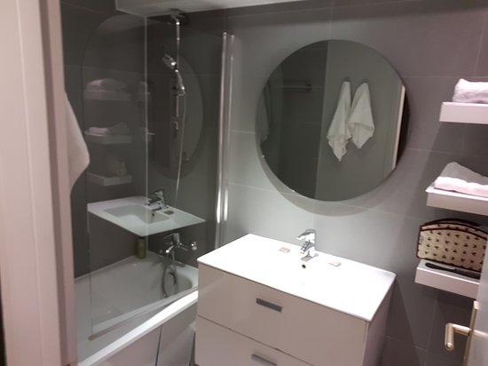 Citadines Place d'Italie Paris: salle de bains