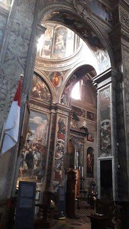 Basilica di Santa Maria di Campagna: Il gioco d'archi