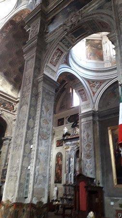 Basilica di Santa Maria di Campagna: La ricchezza dei decori