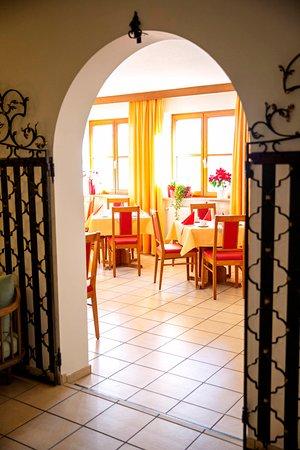 Blick von der Lobby zum Frühstücksraum