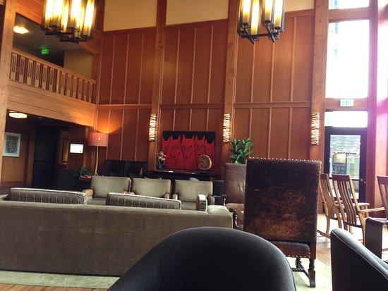 Skamania Lodge: living room