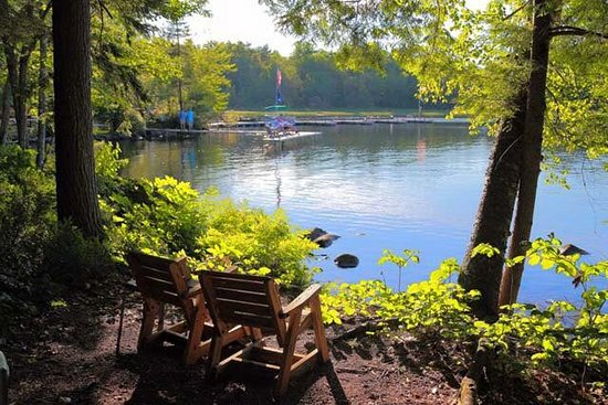 Belgrade, ME: Edgewood's lakefront view. Imagine having morning coffee out here!