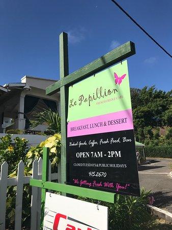 La Papillion Cafe