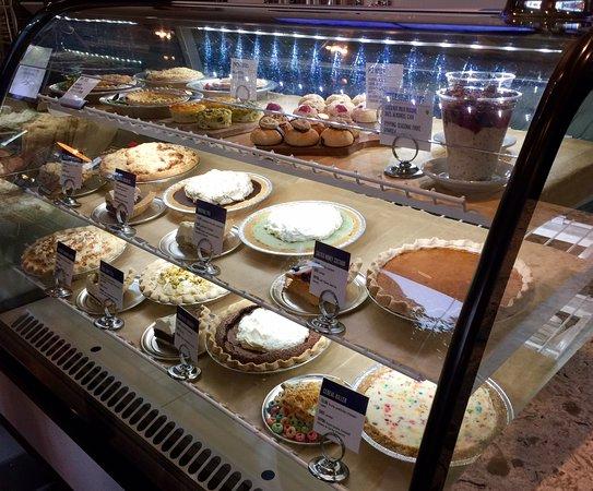 photo2jpg - Cheesecake Factory Rancho Cucamonga Victoria Gardens