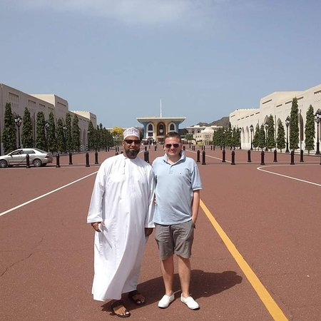 taxi oman nabil contact with me what sap +96899784830