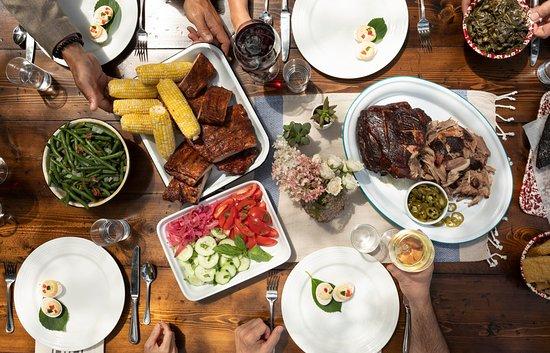 Luella's Bar-B-Que: BBQ Catering