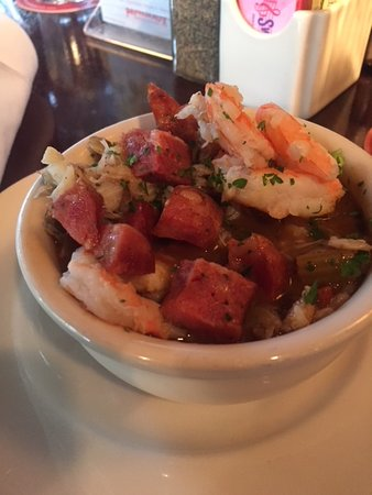 Pappadeaux Seafood Kitchen: Seafood gumbo (cup size)