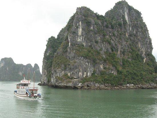 2-dages, 1-nat Halong Bay Discovery Cruise fra Hanoi: Halong Bay