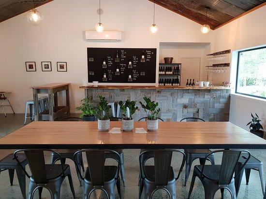 Sidmouth, Australia: Loira Vines