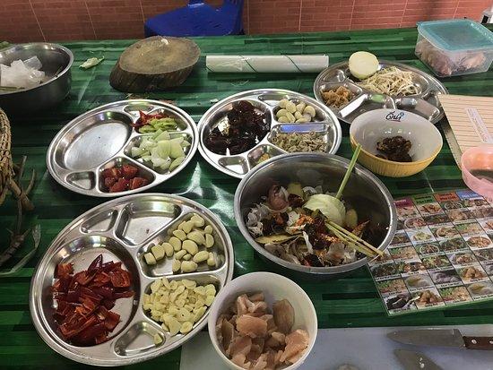 Big Mom Thai Cooking class