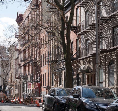 Greenwich Village Group Walking Tour with Urban Historian: home of the iconic Bob Dylan album