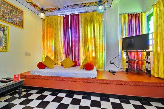 Superior corner room
