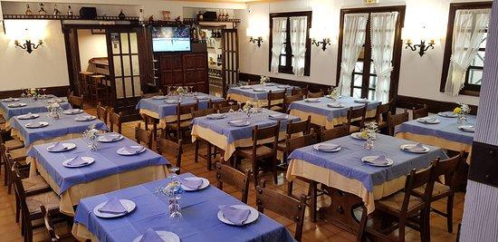 Ibarra, Ισπανία: El comedor principal.