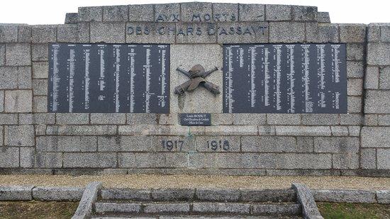 Chemin des Dames: War memorial
