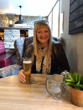 The Huntsman Inn: Catching up with Mel x