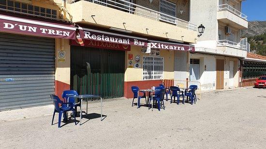 Lorcha, Spain: Restaurante típico de la zona, con gran variedad de platos para degustar, lo propietarios son muy amables. Economico
