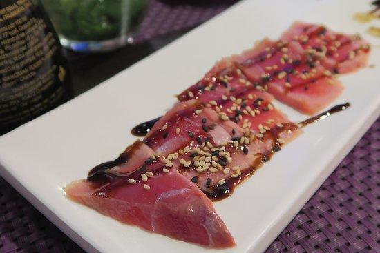 Miku Sushi: tonno