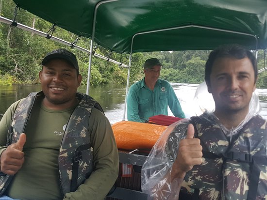 Alta Floresta, MT: gids en schipper van de Cristalino lodge