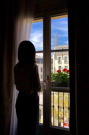 Eiffel Tower view room
