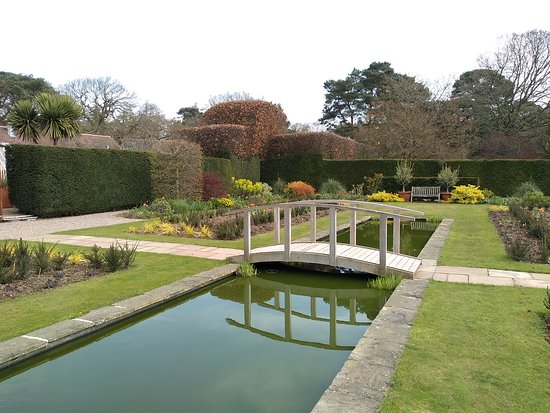 Abbeywood Gardens: Pool Garden