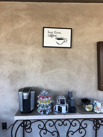 The Lodge Above Town Creek: Very thoughtful coffee station by the outdoor lounge area!  We enjoy some cups by the fire at night!