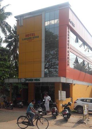 Tripunithura, India: Hotel Lakshmi Nivas