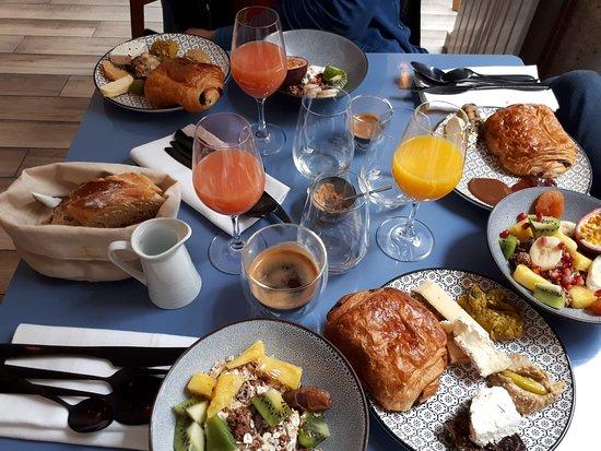 Les Petits Cousins Paris 18th Arr Buttes Montmartre Menu Prices Restaurant Reviews Reservations Tripadvisor