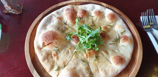 La Tavernetta: Garlic bread