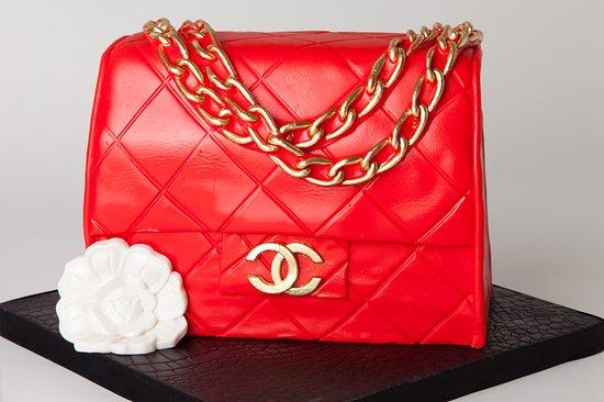 NY Cake Cafe: Chanel bag cake