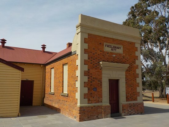 Wallan Free Library and Mechanics Institute